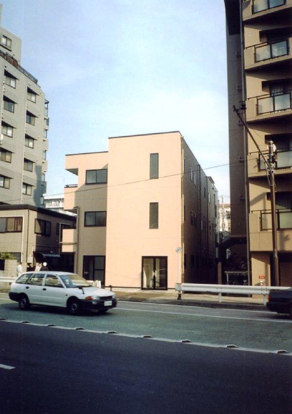 鉄骨造 施工例 - 横浜 鉄骨造 三階建 エレベータ付全館バリアフリー